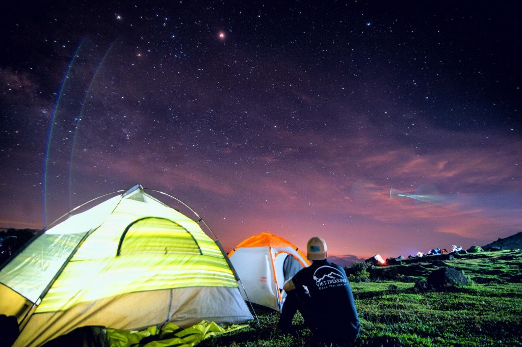 Kinh nghiệm cắm trại ở Đà Lạt – Cắm trại ở Langbiang
